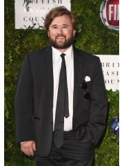 Haley Joel Osment Profile Photo