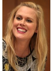 Janet Varney  Profile Photo