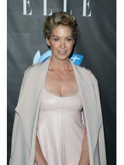 Jenna Elfman Profile Photo