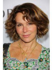 Jennifer Grey Profile Photo