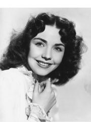 Jennifer Jones Profile Photo