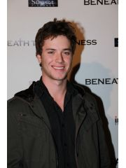 Jeremy Sumpter Profile Photo