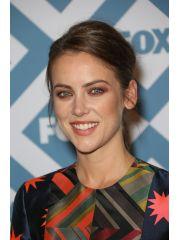 Jessica Stroup Profile Photo