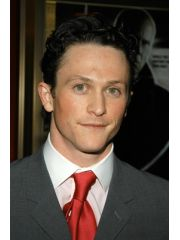 Jonathan Tucker Profile Photo