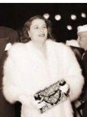 Josephine Alicia Saenz Profile Photo