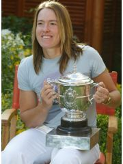 Justine Henin Profile Photo