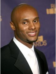 Kenny Lattimore.