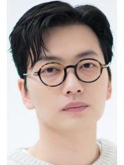 Lee Dong-hwi Profile Photo