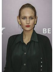 Leelee Sobieski Profile Photo
