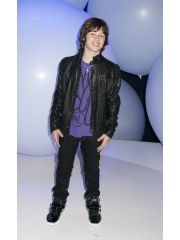 Leo Howard Profile Photo