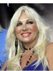Linda Hogan Profile Photo