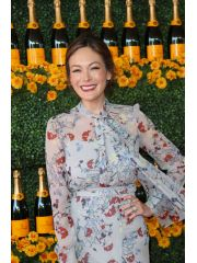 Lindsay Price Profile Photo