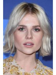 Lucy Boynton Profile Photo