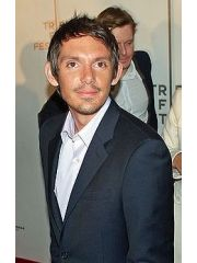 Lukas Haas Profile Photo
