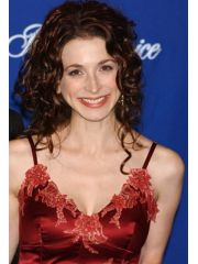 Marin Hinkle Profile Photo