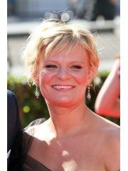 Martha Plimpton Profile Photo
