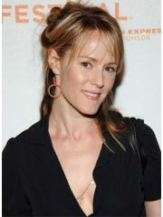 Mary Stuart Masterson Profile Photo