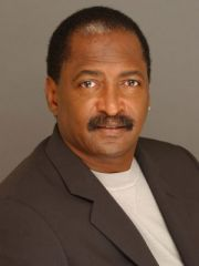 Mathew Knowles Profile Photo