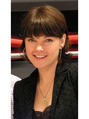 Nicole de Boer Profile Photo
