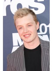 Noel Fisher Profile Photo