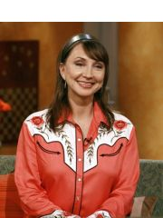 Pam Tillis Profile Photo