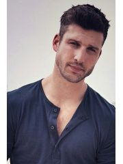 Parker Young Profile Photo
