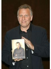 Paul Reiser Profile Photo