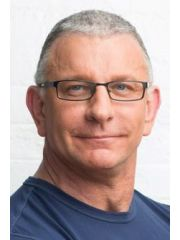 Robert Irvine Profile Photo