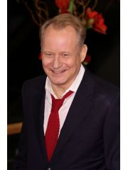 Stellan Skarsgard Profile Photo