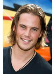 Taylor Kitsch Profile Photo