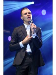 Theo Hutchcraft Profile Photo