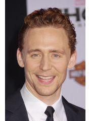 Tom Hiddleston Profile Photo