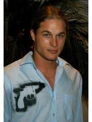 Travis Fimmel Profile Photo