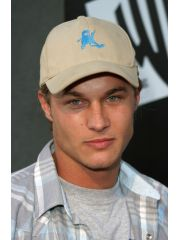 Travis Fimmel Profile Photo