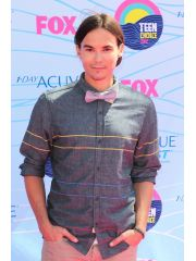 Tyler Blackburn Profile Photo