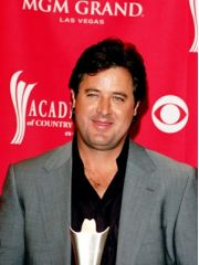 Vince Gill Profile Photo