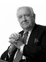 Walter Cronkite Profile Photo
