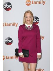 Wendi McLendon-Covey Profile Photo